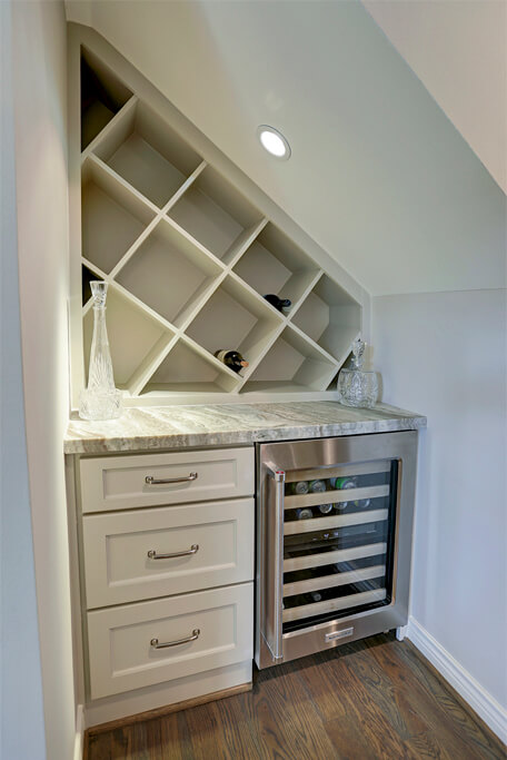 Custom remodel wine bar with cooler